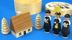 Carolers Houses Figurine Set