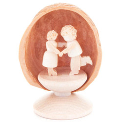 Miniature Dancing Couple in Nutshell German Hand Carved Wooden Figurine  199x431s