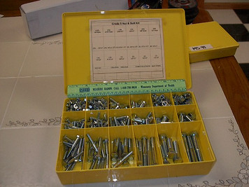 "400pc Grade 5 Nut & Bolt Kit 1/4', 5/16"", 3/8"", 1/2"""