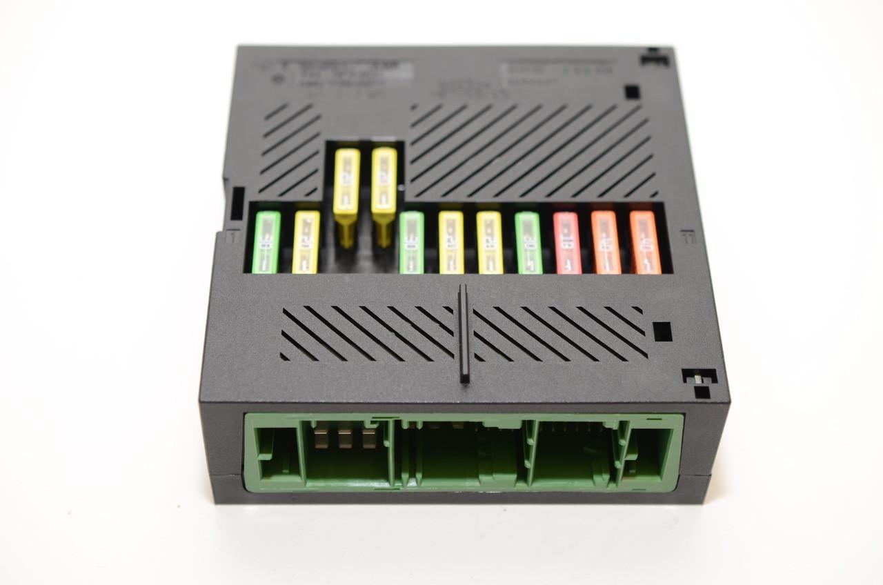 bmw e60 e63 e65 ism integrated supply module fusebox bavtek inc rh bavtekinc com BMW M6 Fuse Box BMW 750Li Fuse Box