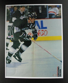 Kings Wayne Gretzky Authentic Signed & Matted Magazine Poster PSA/DNA #T41053
