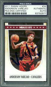 Cavaliers Anderson Varejao Signed Card 2011 Panini Hoops #34 PSA/DNA Slabbed