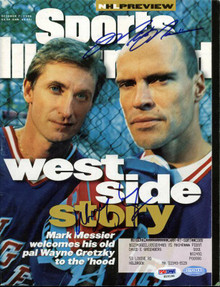 Rangers Wayne Gretzky & Mark Messier Signed Sports Illustrated PSA/DNA #S10196