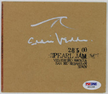 Eddie Vedder Signed Pearl Jam 26 5 00 Velodromo Anoeta Cd Cover PSA/DNA #X01248