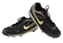 Giants Dan Runzler Authentic Signed Game Used Nike Cleats Autographed BAS