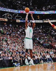 Celtics Kevin Garnett Authentic Signed 16x20 Photo Shooting HOF BAS Witnessed
