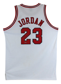 Bulls Michael Jordan Authentic Signed White Nike Size 50 Jersey UDA #BAH44504
