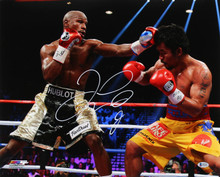 Floyd Mayweather Jr. Authentic Signed 16x20 Photo BAS Witnessed #P52472
