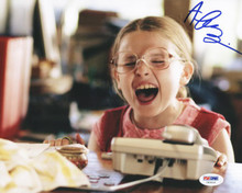 Abigail Breslin Little Miss Sunshine Signed Authentic 8X10 Photo PSA/DNA #U65531