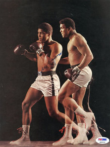 Muhammad Ali Boxing Signed Authentic 8.5X11 Magazine Page Photo PSA/DNA #Q06916