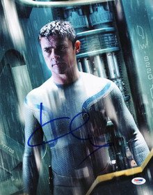 Karl Urban Star Trek Signed Authentic 11X14 Photo Autographed PSA/DNA #V20397