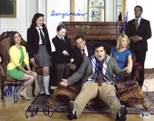 1600 Penn (Josh Gad, Bill Pullman +4) Authentic Signed 11X14 Photo BAS #A10272