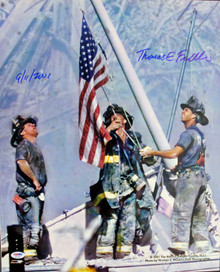 9/11 16x20 Photo - 3 Firefighters Raising Flag Signed By Thomas E. Franklin PSA