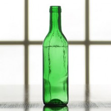 375 ml Emerald Green Semi-Burgundy split bottle