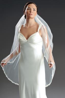 Erica Koesler Veils- Style 807-40 (Venise Lace)