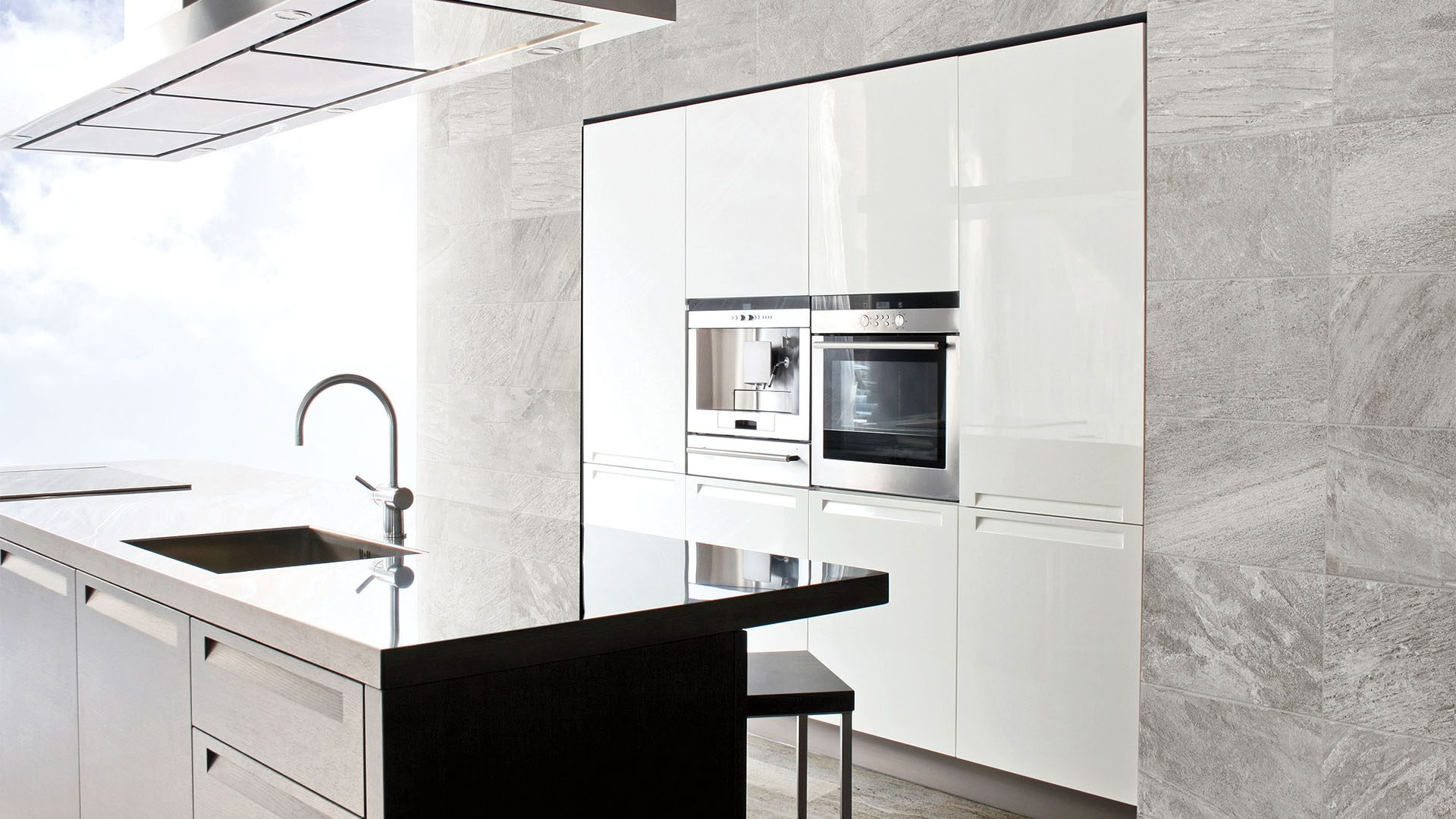 69-442-12x24-quarzo-argento-lifestyle-1920x1080.jpg