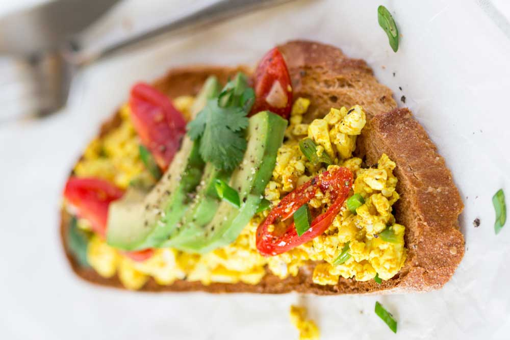 33fuel veganuary recipes - scrambled tofu on toast