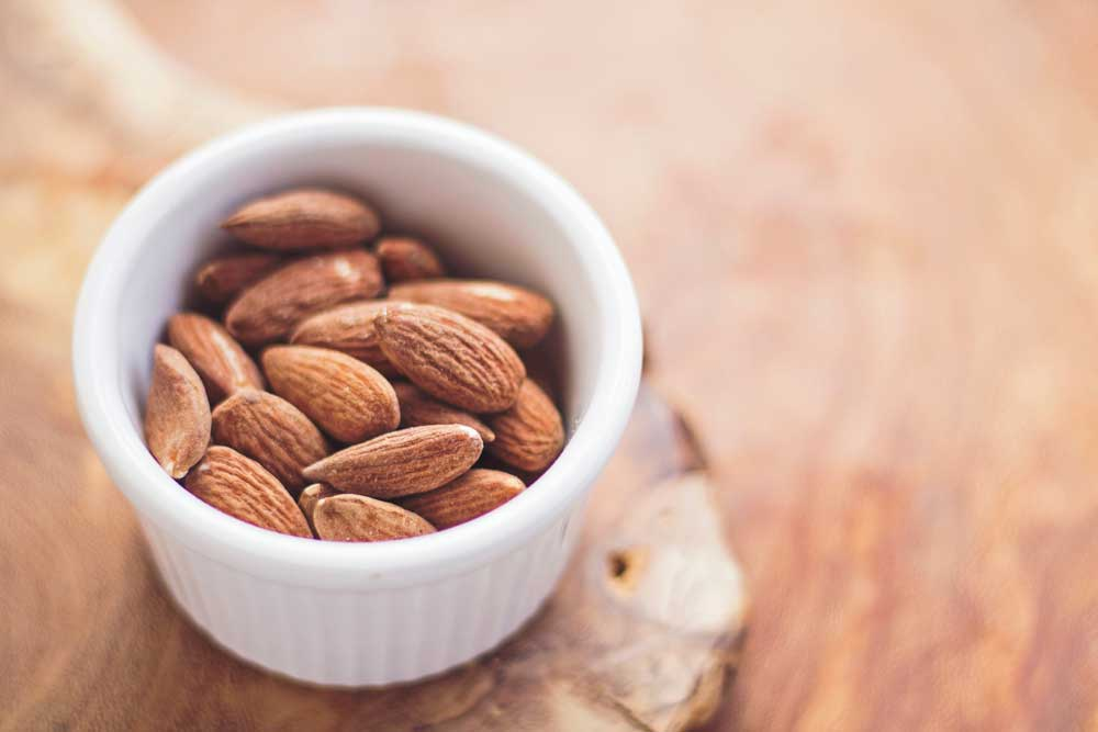 best nuts for endurance - almonds