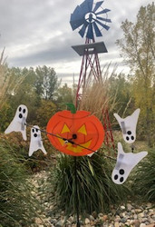 "Lawn Spinner - 10"" Pumpkin & Ghosts Whirligig Spinner"