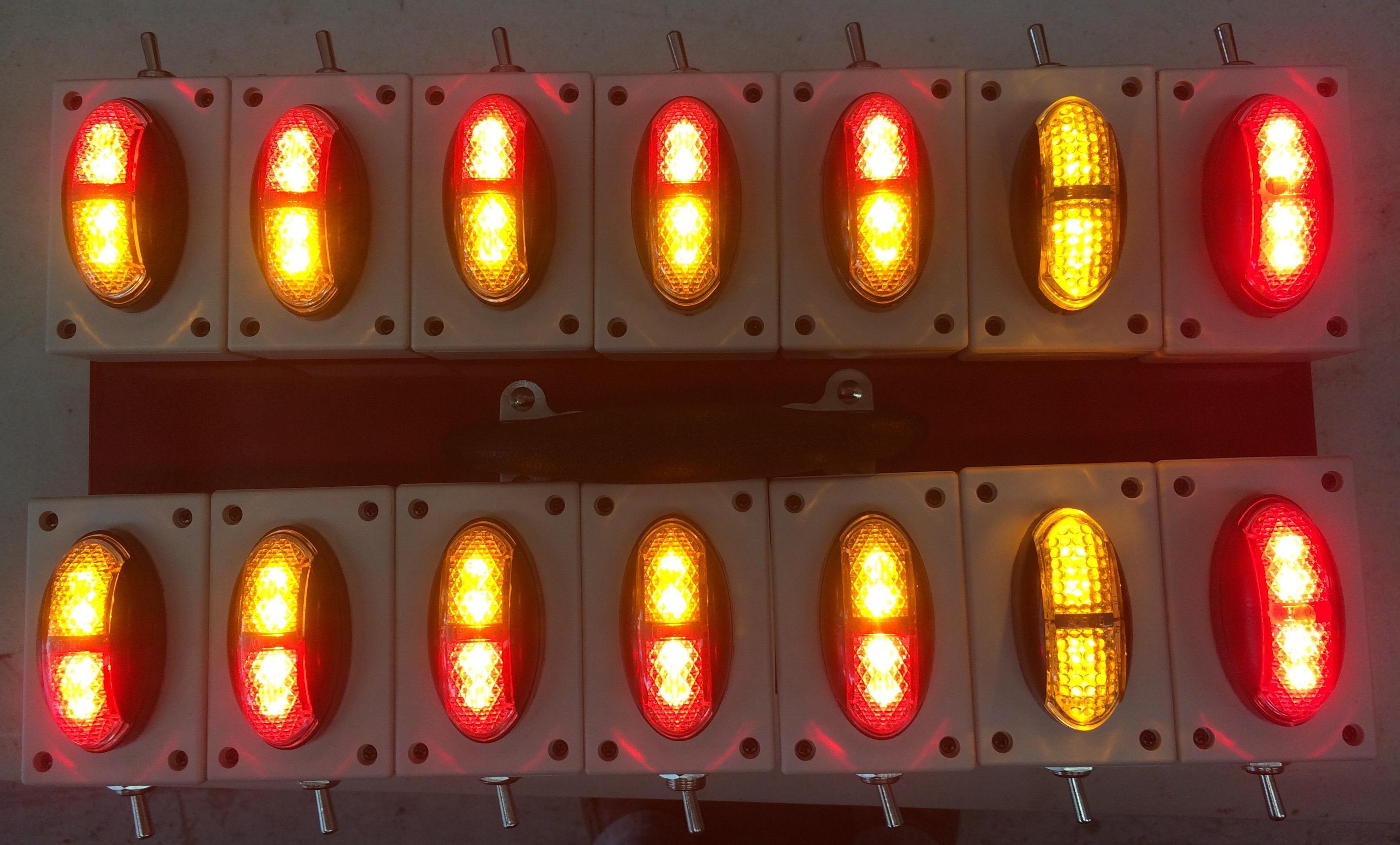 oversize-clearance-lights.-kit.-ultimate-led.jpg