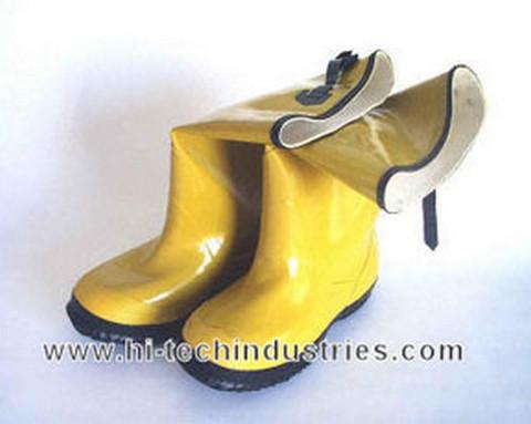 Hi-Tech Industries  SB-10 Slush Boots Size 10