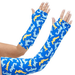 Explore dangerous waters with our shark filled arm cast cover in both long and short styles.  Light blue and yellow sharks swim in a blue background.