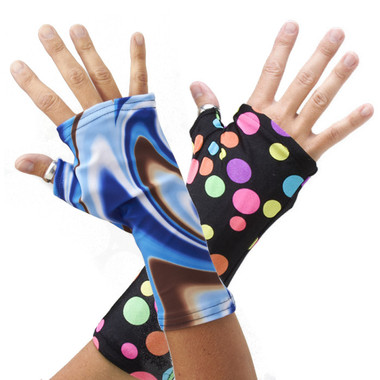 Polar Swirl (great with jeans) and Lots Of Dots (a fave with every age) are two of our biggest sellers!  Handz! can be used for either right or left hands. The main difference between Handz! and Armz! is the thumb covering.