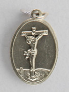 Silver Oxide Medal: Crucifix (ME022C)