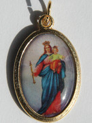 Gilt Picture Medal: Our Lady Help of Christians (ME539)