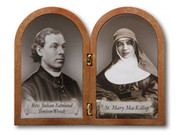 Bi-Fold Plaque Mary MacKillop/Fr Julian (PL1111MM)