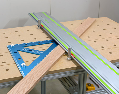 Use the PTR-18 as a fence for your perforated worktop and make accurate angular cuts with the addition of TSO DoubleGroove™ Dogs (coming soon).