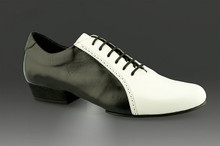 Online Tango Shoes - 2x4 al pie Abasto - Negro y Blanco (fully leather)
