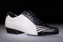 Online Tango Shoes - 2x4 al pie San Telmo - Blanco y Negro (fully leather)