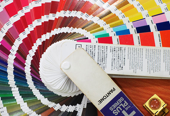Digital vs offset printing with pantone colors