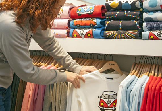 Printed custom t shirts retail display