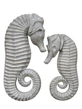 Accessories Abroad Set of Sea Horse's