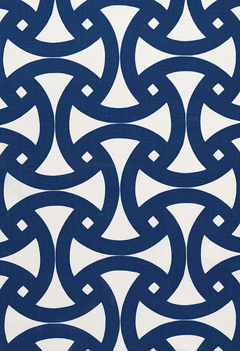 Trina Turk Santorini Print Indoor/Outdoor Fabric in Marine