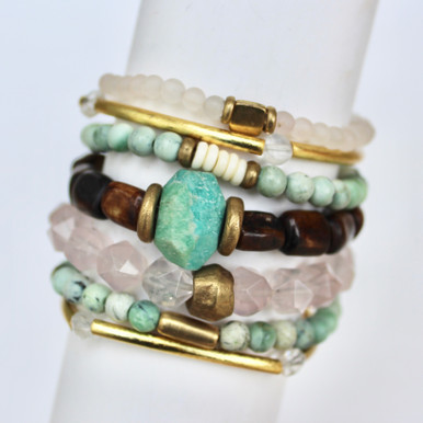 Mix|Stack|Blend|Layer|Collect  Here's your inspo for everyday wear to mix with your faves, or stack a bunch for instant pop! Are you FALLING for it? The Love Seeker power pack has you mixing things up! Update NOW by adding it to this seasons rotation for instant style and texture. A mix of 7 bracelets.