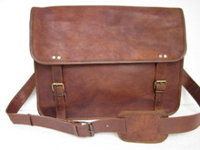 PL 16 Inch Messenger Bag