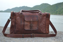 21 inch leather duffle/ travel bag / gym bag