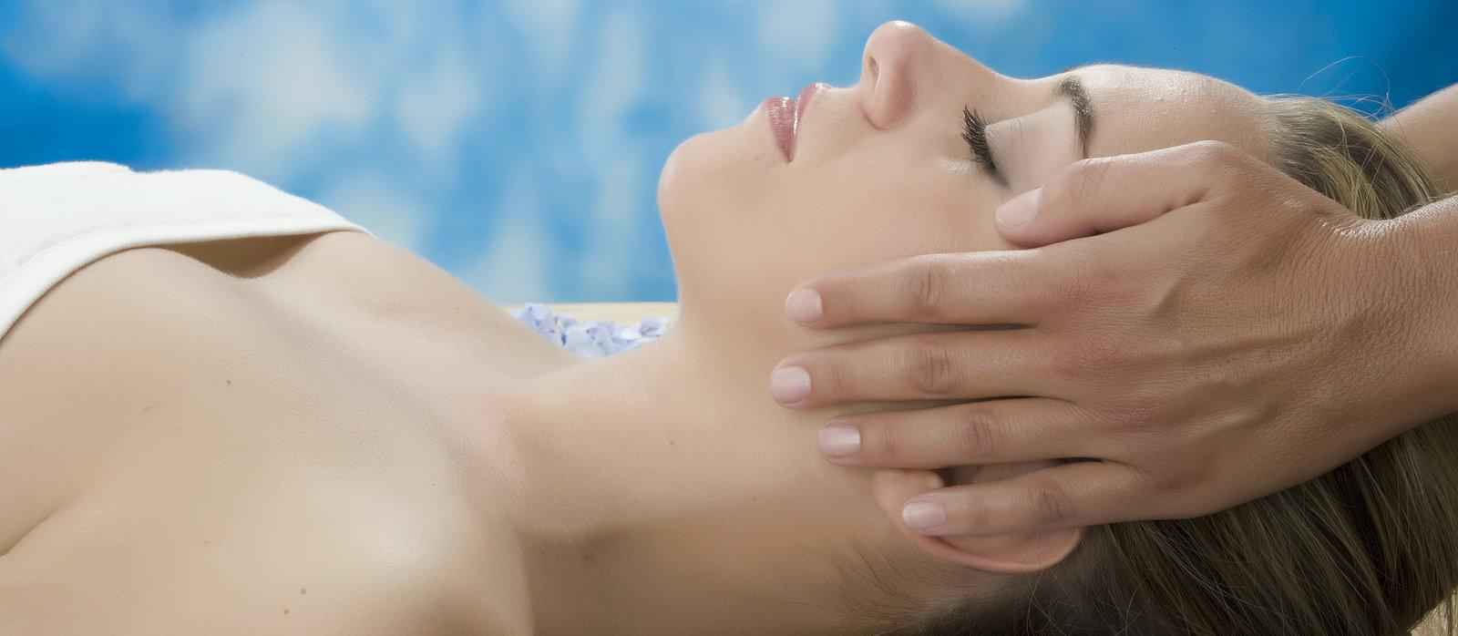 rsz-1massage-therapy-430369414.jpg