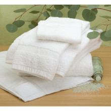 Basic Blended Bath Towel Cam 24x48 8 Lbs/Dozen White Package Of 12