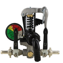 Pump mounted control unit for medium pressure Annovi Reverberi diaphragm pumps. Can also work on the Hypro D30 and D50 as well.