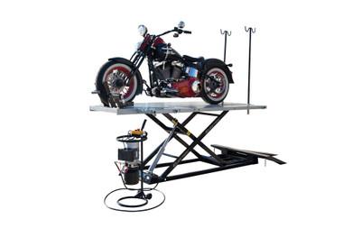 Titan HDML-1500XLT-E Motorcycle Lift
