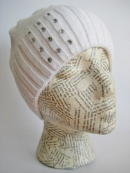 Winter hat for women and girls