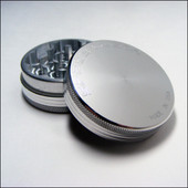 Space Case Grinder - 2 Piece - Medium - Magnet