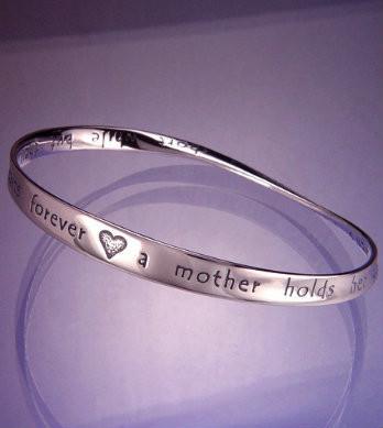Hearts Forever Bracelet