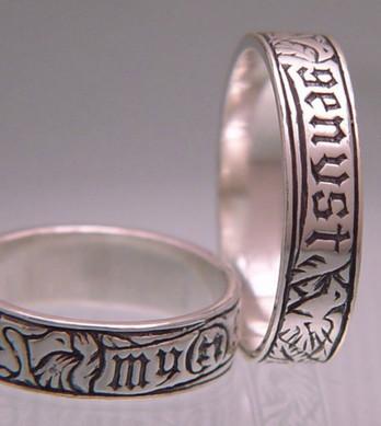 Myn Genyst Poesy Ring