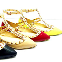 *FEATURED* Pila T-Strap Studs Pointy Flats