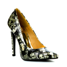 cape robbin newspaper stiletto pump